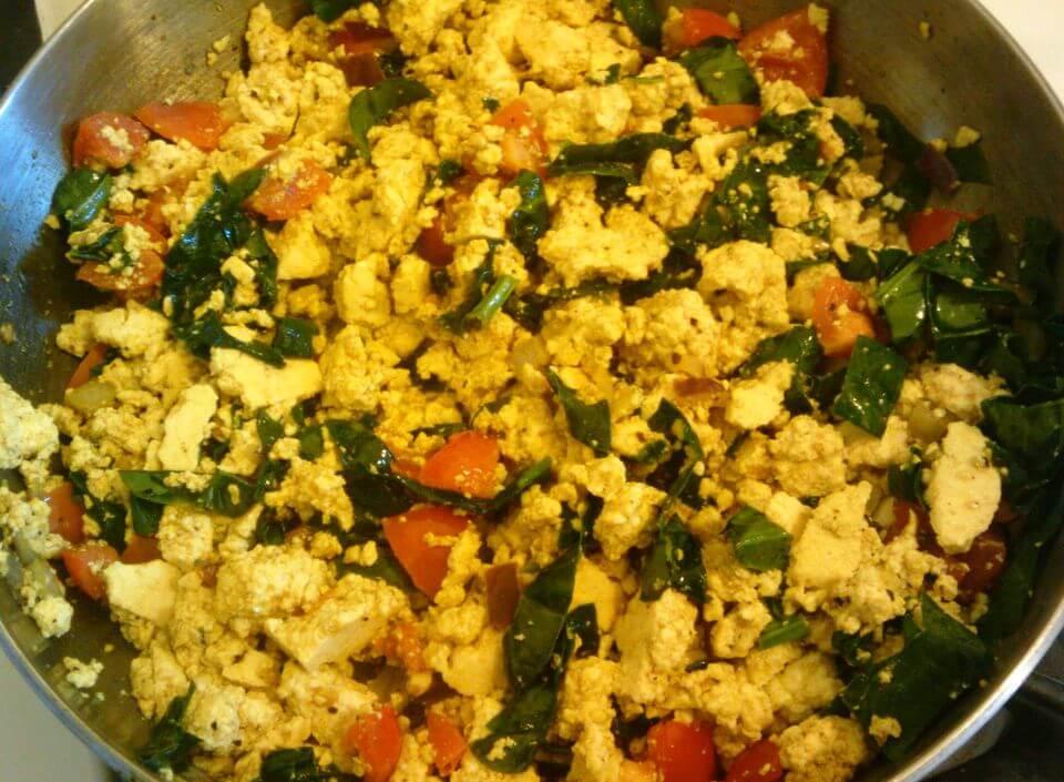 vegan curried tofu scramble